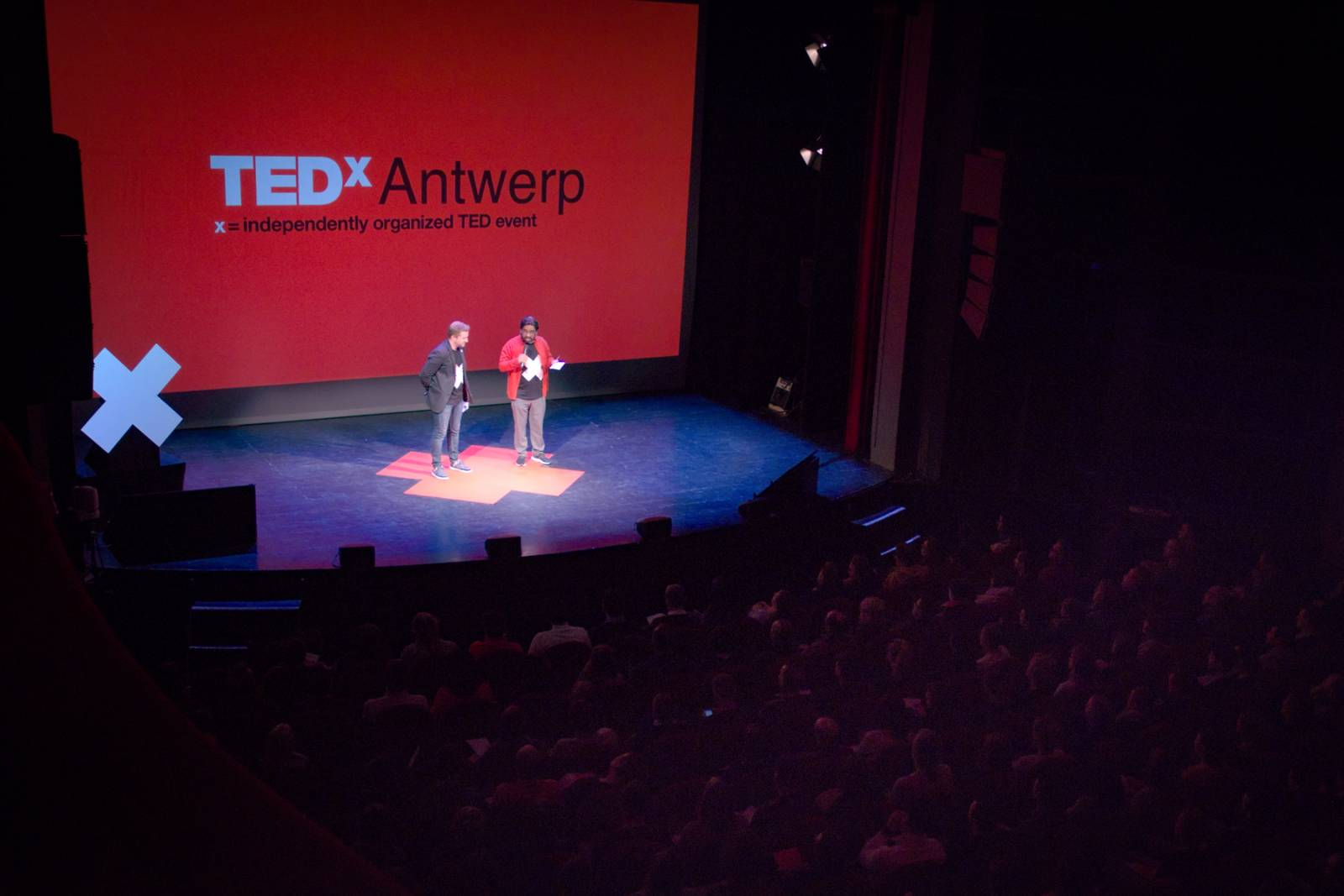 BlueMoon-TEDxAntwerp-01-L