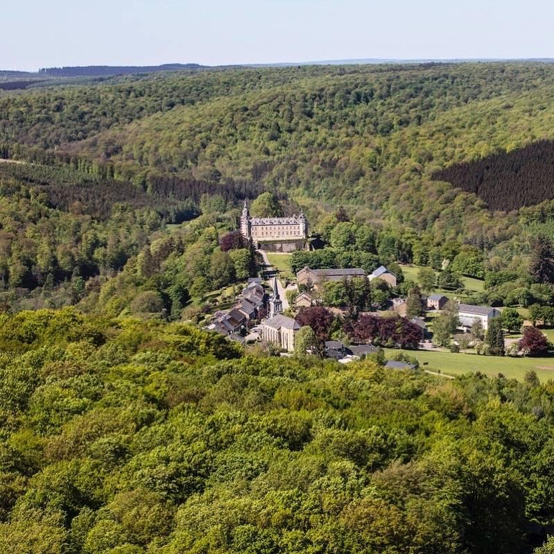 Château de Mirwart_met dorp2_Tom_d'haenens