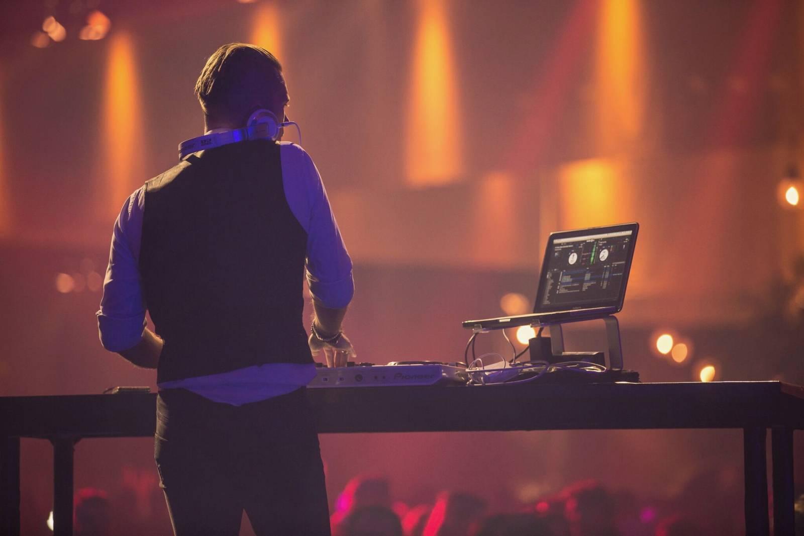 DJ TOM - Dj - House of Events - 9