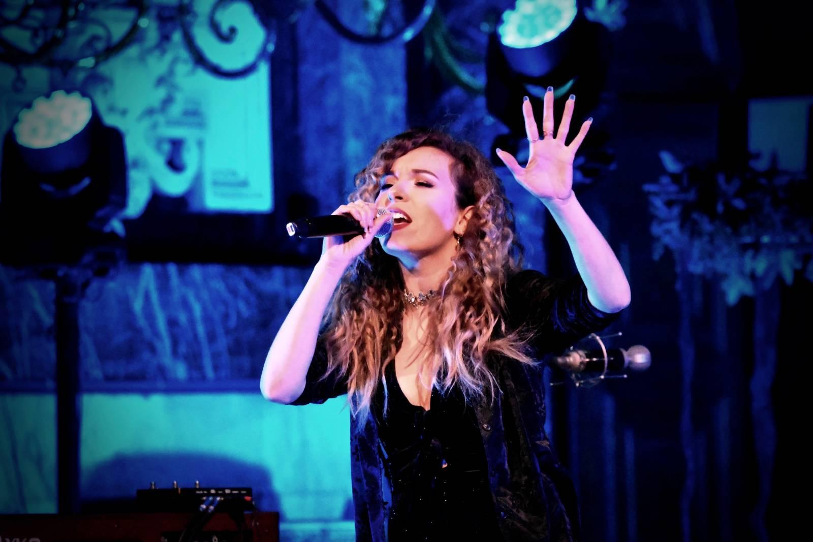 Dunja artiest zangeres livemuziek house of events (4)