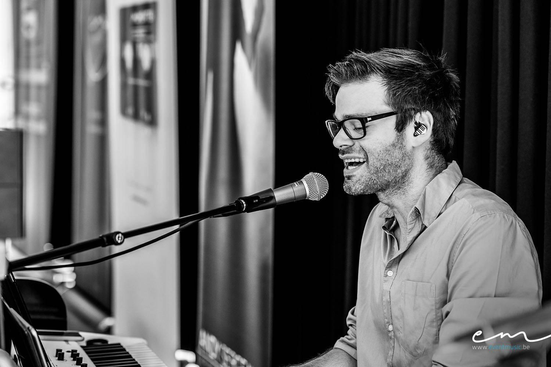 Event Music - Live muziek event - Zanger en pianist Andy Sergeant - House of Events - 11