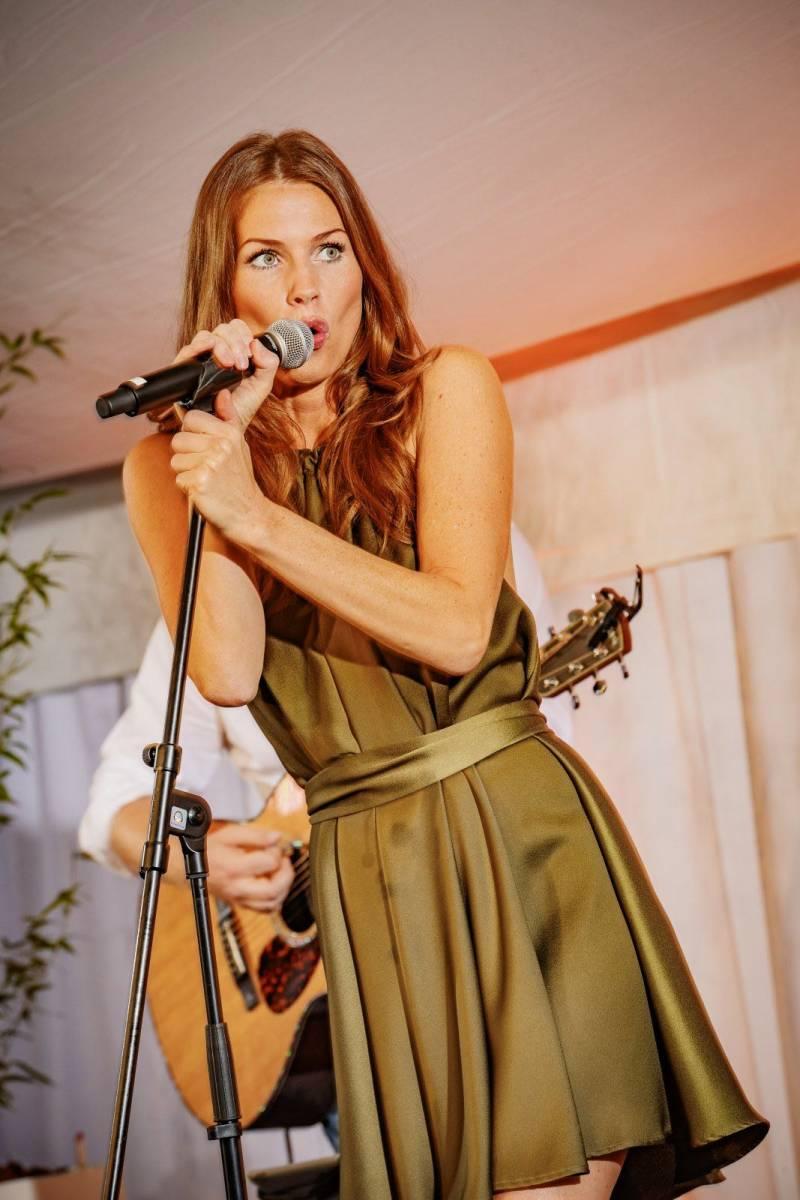 Hofnar - Licht & Geluid - Audiovisuele Diensten - DJ - Artiesten - House of Weddings - House of Events - 10